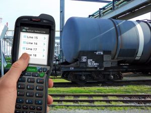 Die neue Handheld-Lösung bindet Mitarbeiter auf dem Gelände direkt an das Terminal Management System OpenTAS an und sorgt so dafür, dass wichtige Informationen überall sofort verfügbar sind.
